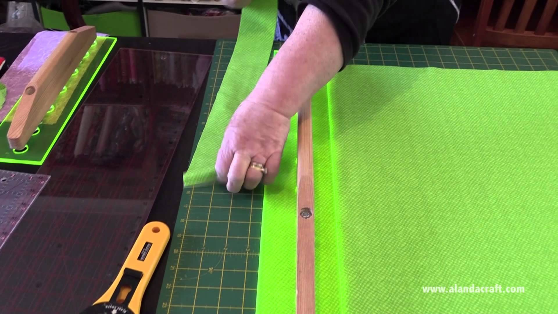 Quilter's Slidelock Review and Demonstration
