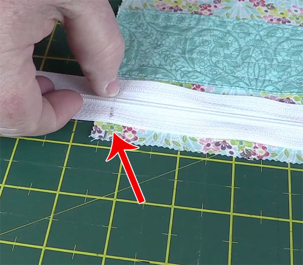 Step3-Insert-Zipper-3