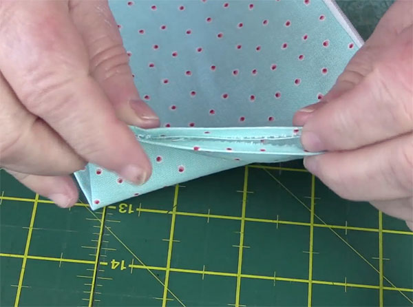 Step7-Sew-up-the-lining