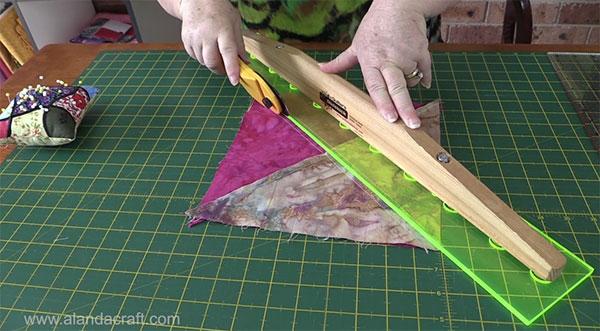 hourglass-quilt-block-6