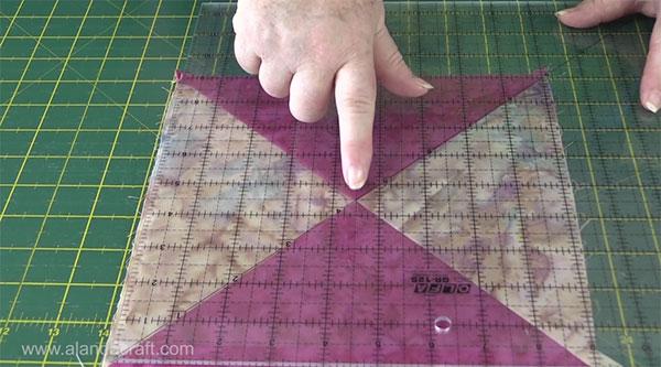hourglass-quilt-block-7