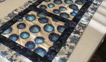 xmas-table-runner,quilting,craft,sewing