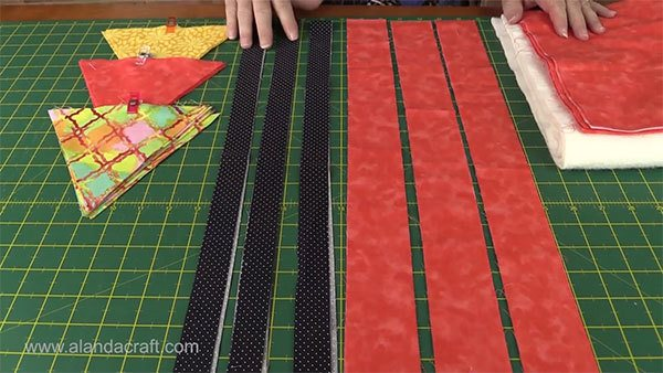 triangle-table-runner,sewing,quilting,craft