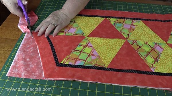 triangle-table-runner,quilitng, craft, sewing