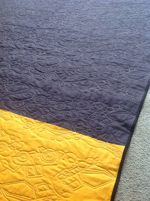 construction-quilt-back,caterpillar heavy hauler quilt, truck quilt, quilting, sewing, craft