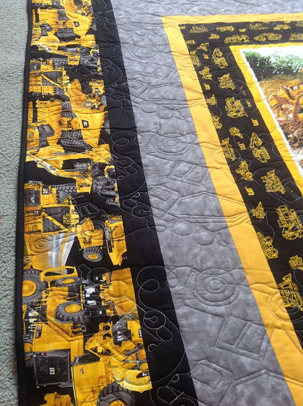 construction-quilt, caterpillar heavy hauler quilt, truck quilt, quilting,craft, sewing