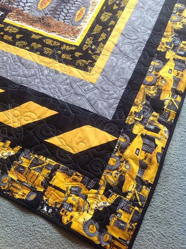 construction-quilt,caterpillar heavy hauler quilt, truck quilt, sewing,quilting,craft