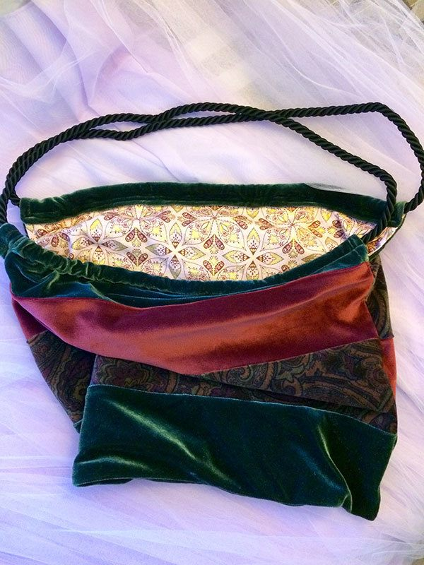 anns-velvet-bag.slouch,bag, craft, sewing
