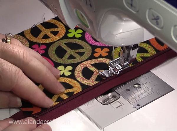easy zippered purse tutorial