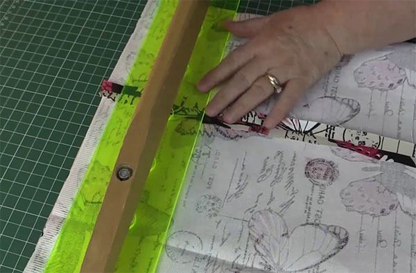 last minute table runner tutorial