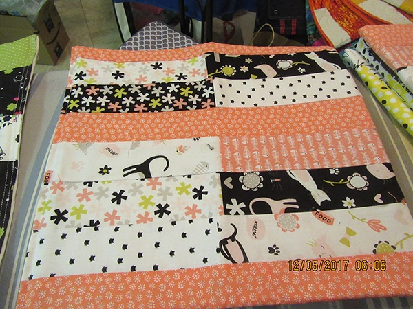 kitty quilt, quilting, sewing, craft