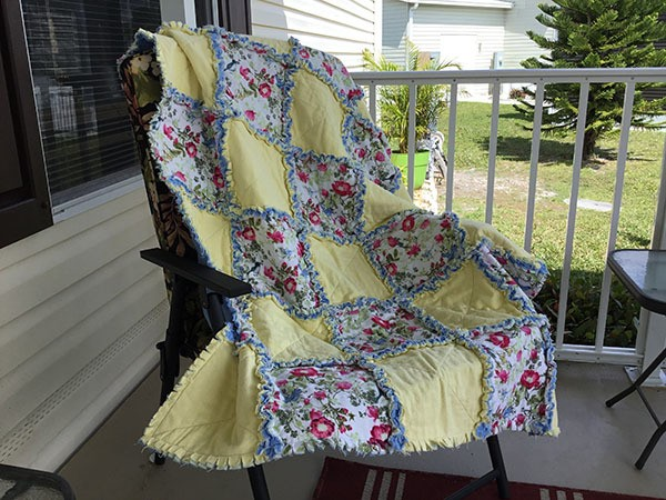 easy-rag-quilt,readers project, quilting, craft, sewing, rag quilt