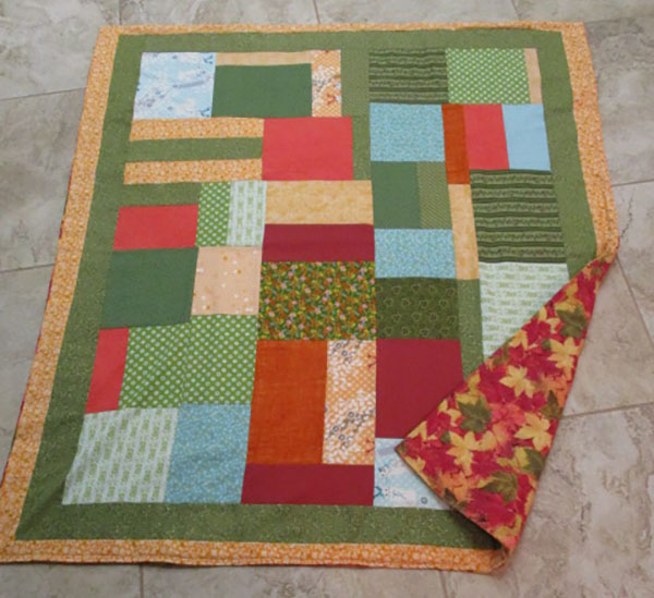 scrappy quilt, quilting, sewing, craft, www.alandacraft.com